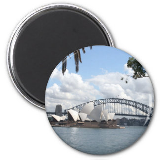 opera bridge syd 2 inch round magnet