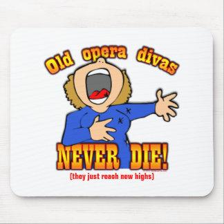Opera Divas Mouse Pad