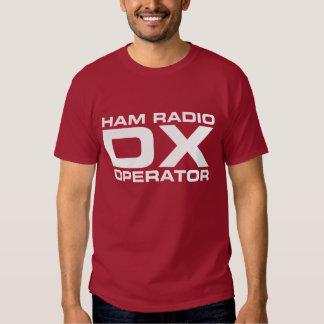 Operador de equipo de radio-aficionado playera