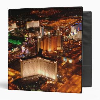 Opinión aérea de Las Vegas de un dirigible no rígi