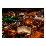 Opinión aérea de Las Vegas de un dirigible no rígi Tarjeton