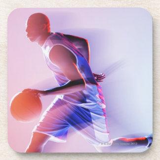 Opinión borrosa el jugador de básquet que gotea posavasos