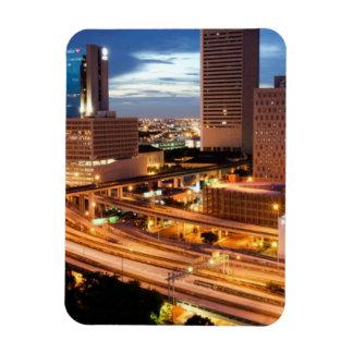Opinión céntrica de la ciudad imanes rectangulares