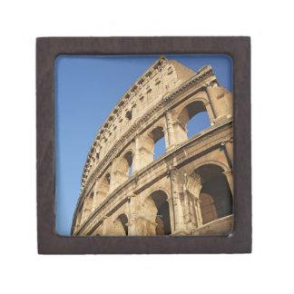 Opinión de ángulo bajo de Colosseum Caja De Recuerdo De Calidad