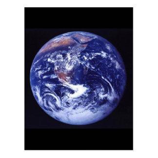 Opinión de Apolo 17 de la tierra en espacio Postal