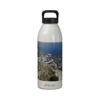 Opinión de Capri de la isla con Faraglioni en la p Botella De Agua Reutilizable
