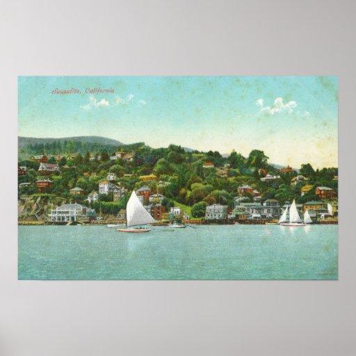 Opinión de la ciudad, barcos de la costa de vela póster