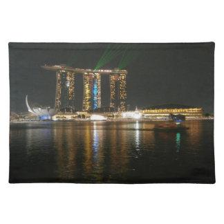 Opinión de la noche de Singapur Manteles