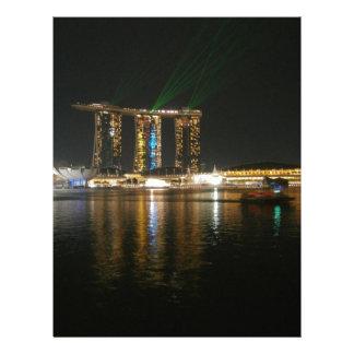 Opinión de la noche de Singapur Membrete