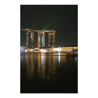Opinión de la noche de Singapur Papeleria