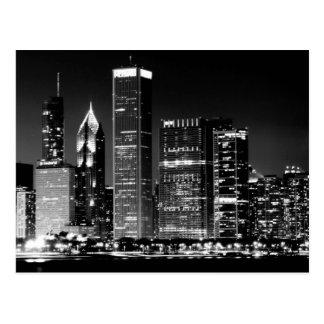 Opinión de la noche del paisaje urbano famoso de C Postal