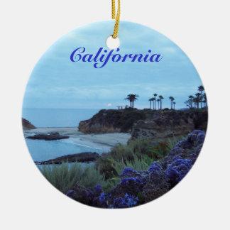Opinión de la playa de California Adorno De Navidad