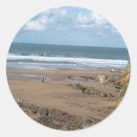 Opinión de la playa pegatina redonda