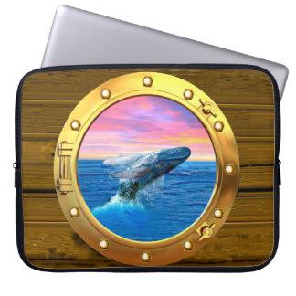 Opinión de la porta una ballena de violación mangas computadora