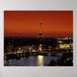 Opinión de la puesta del sol de Francia, París de  Impresiones