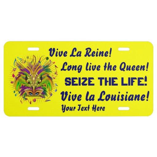 Opinión de la reina 3 del carnaval sobre diseño placa de matrícula