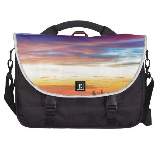 Opinión de la salida del sol de las luces de la ci bolsas para ordenador