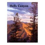 Opinión de la vertical de los infiernos tarjeta postal