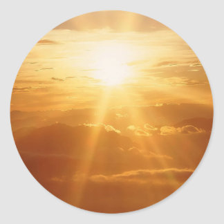 Opinión de los cielos de la puesta del sol pegatina redonda