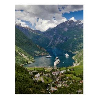 Opinión de Noruega a Geiranger de Flydalsjuvet Postal