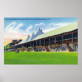 Opinión de Racegrounds del soporte magnífico en la Impresiones