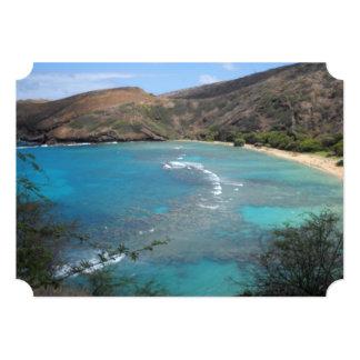 """Opinión del acantilado de la bahía Hawaii de Invitación 5"""" X 7"""""""
