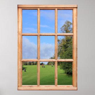 Opinión del campo de golf de una ventana posters