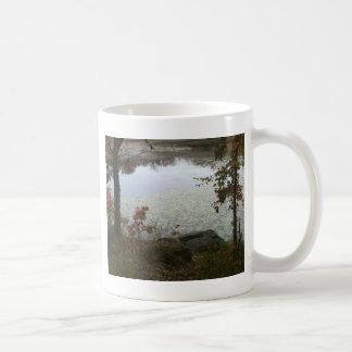 Opinión del lago autumn tazas de café
