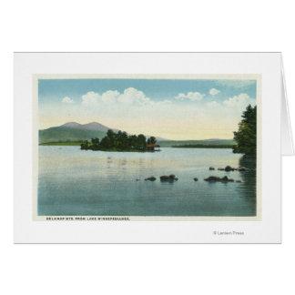 Opinión del lago de las montañas de Belknap Tarjetón