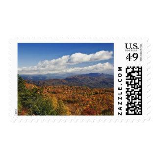 Opinión del otoño de montañas apalaches timbres postales
