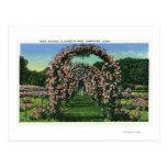 Opinión del parque de Elizabeth de los arcos color Postales