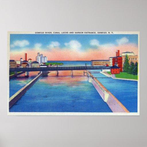 Opinión del río de Oswego de las cerraduras y del  Posters