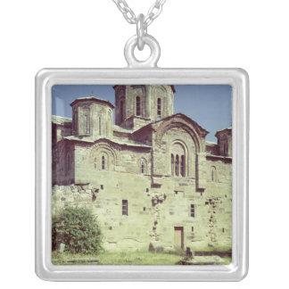 Opinión del sudoeste de la iglesia de Sveti Djordj Collar Personalizado