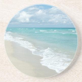 Opinión extrema de la playa de la relajación posavasos personalizados