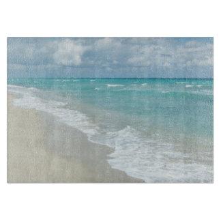 Opinión extrema de la playa de la relajación tabla para cortar