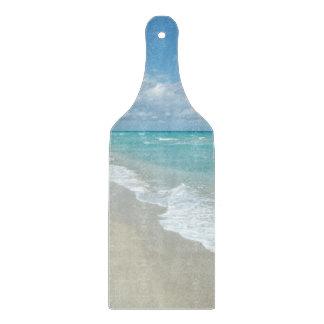 Opinión extrema de la playa de la relajación tablas para cortar