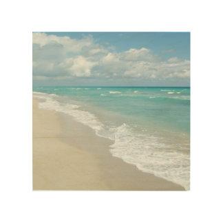 Opinión extrema de la playa de la relajación impresión en madera