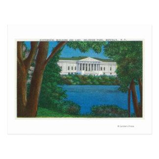 Opinión histórica del edificio y del lago del postales