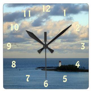 Opinión II del mar Reloj Cuadrado