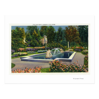 Opinión italiana de la rosaleda del parque de la tarjeta postal