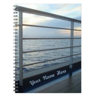 Opinión llana de la cubierta personalizada cuaderno