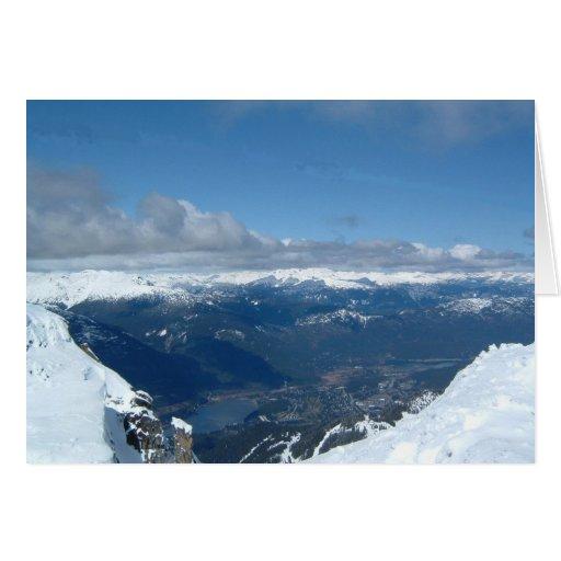 Opinión magnífica de la cima de la montaña felicitacion