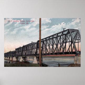 Opinión pacífica septentrional del puente póster