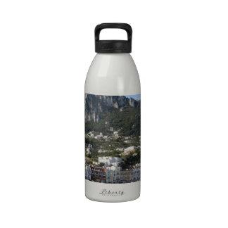 Opinión panorámica del mar de Capri de la isla Botella De Agua Reutilizable