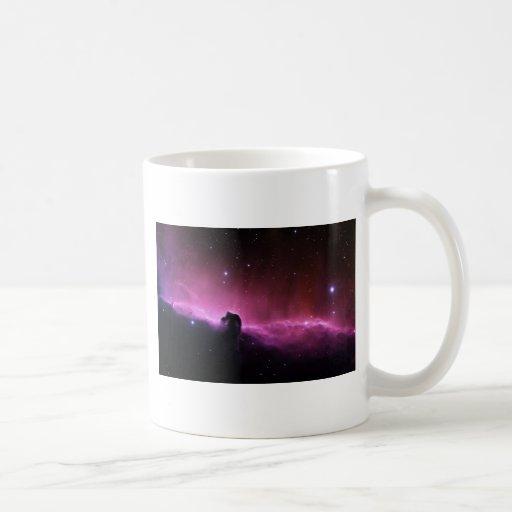 Opinión púrpura loca abstracta del espacio tazas de café