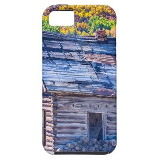 Opinión rústica rural del otoño de la cabina de la iPhone 5 fundas