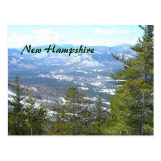 Opinión superior de la montaña tarjeta postal