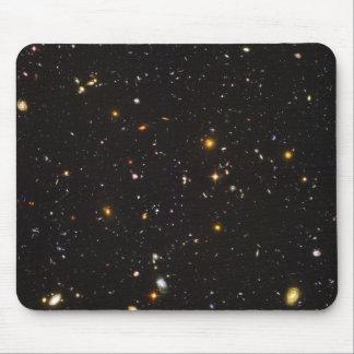 Opinión ultra profunda del campo de Hubble de 10.0 Tapete De Ratones