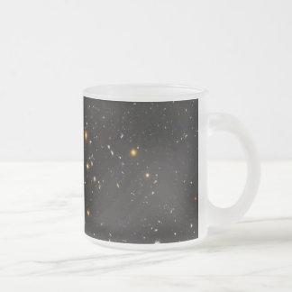 Opinión ultra profunda del campo de Hubble de 10.0 Tazas