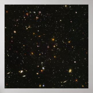 Opinión ultra profunda HUDF- del campo de Hubble s Póster